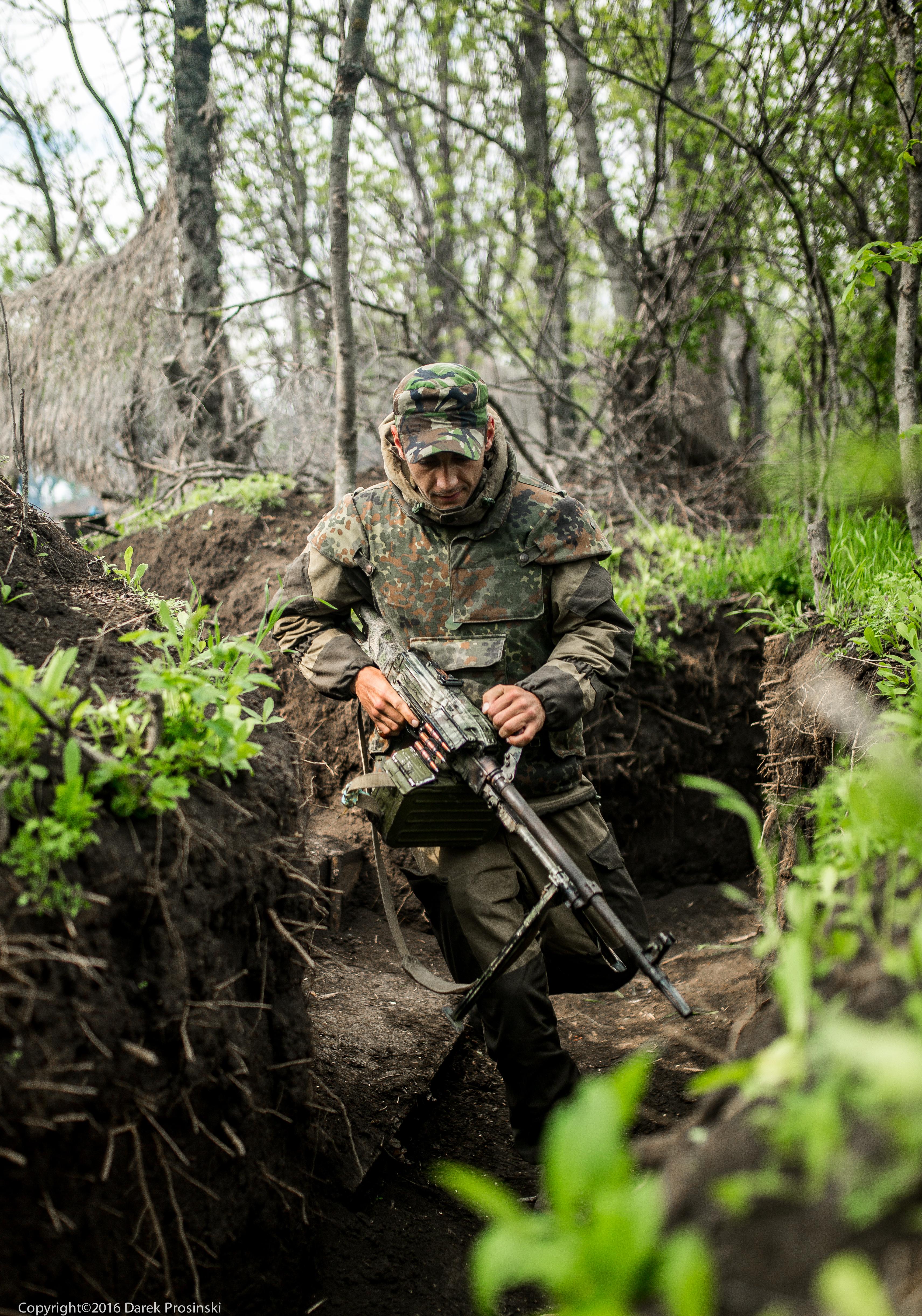 Alarm na pozycjach wojsk ukraińskich w okolicach wsi Nowosiliewka, na północ od Mariupola/fot. Darek Prosiński